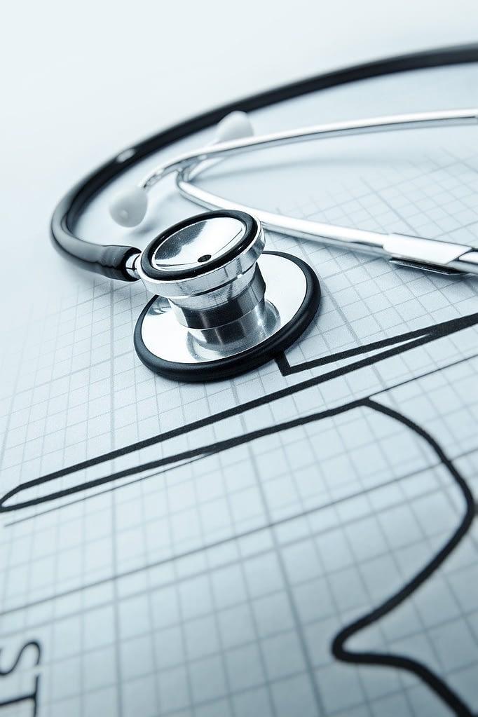 Health Stethoscope Heart Hospital  - AbsolutVision / Pixabay
